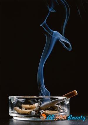 Выбирая жертву, никотин убивает женщин в пять раз чаще