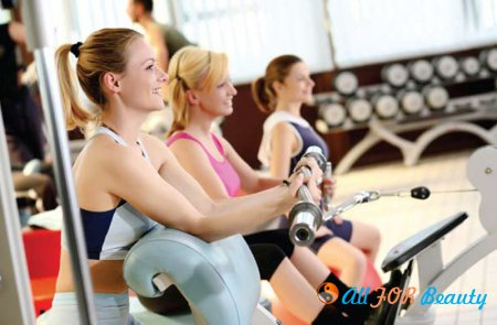 Занятия фитнесом способствуют борьбе с ленью.