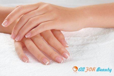 Как победить расслаивание и ломкость ногтей?