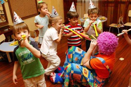 Программы детских праздников в помощь родителям