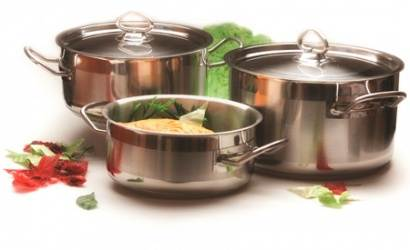 Цена на современную посуду бывает разной, и зависит от материала изготовлен ...